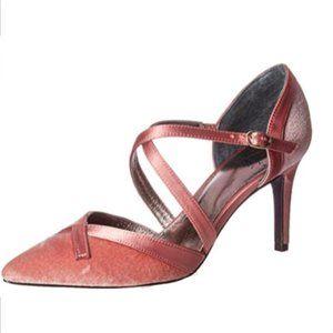 Adrianna Papell Women's Hepburn Pump Heels